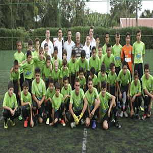 ebb003ff7f A Escola COXA - Unidade Almirante Tamandaré é uma escola de futebol  licenciada pelo Coritiba Foot Ball Club